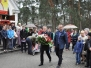 2016-04-10 Kwiaty przed Tablica Smolenska